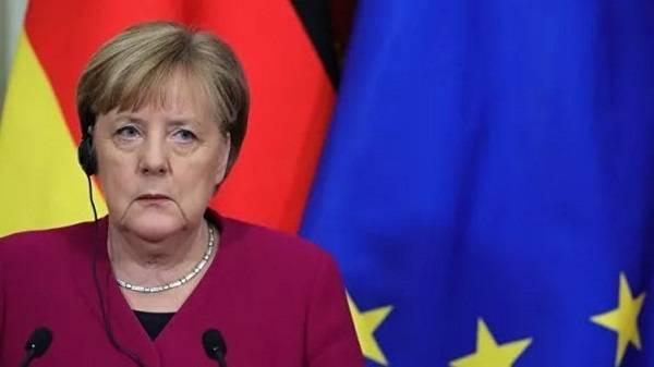 «Есть веские причины»: Меркель опять заявила, что нужно сотрудничать с Кремлем
