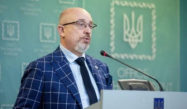 Резников призвал пересмотреть Будапештский меморандум, чтобы остановить Путина