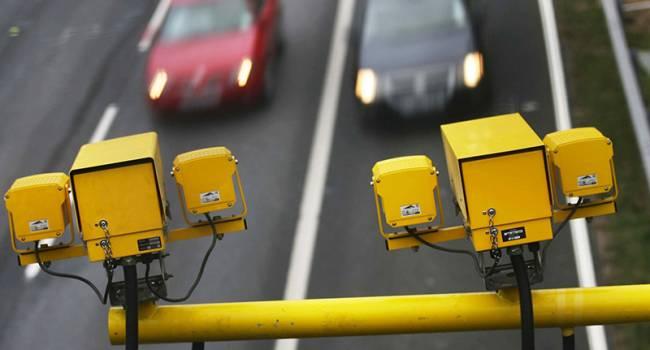 Политолог: запускать систему видеофиксации на дорогах нужно было по всей Украине, не только в Киеве