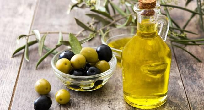 Полезнее свежих плодов: эксперты назвали самые уникальные свойства оливкового масла