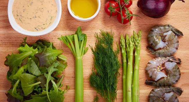 Ешьте и худейте: эксперты назвали продукты, которые не приводят к набору лишнего веса