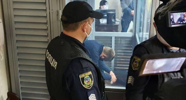 Изнасилование девушки в Кагарлыке: защитник одного из задержанных полицейских является родственником судьи