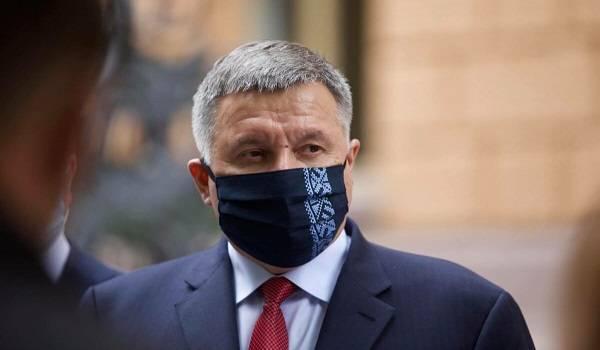 Распускать нужно весь Кабмин: в «Европейской солидарности» критикуют сбор подписей за отставку Авакова