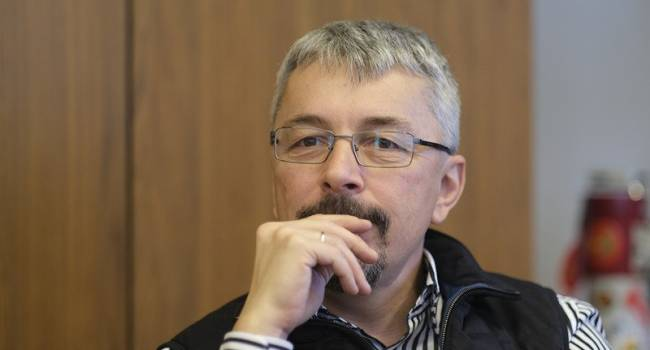 Политолог: Ткаченко отблагодарят за клевету на Порошенко должностью главы Минкульта