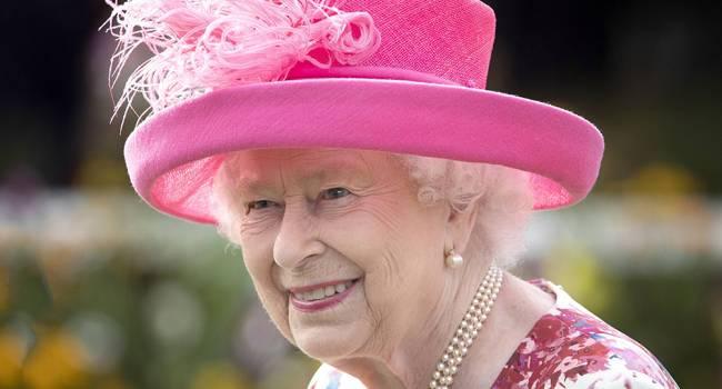 Впервые за 250 лет: коронавирус сорвал все планы Елизаветы II