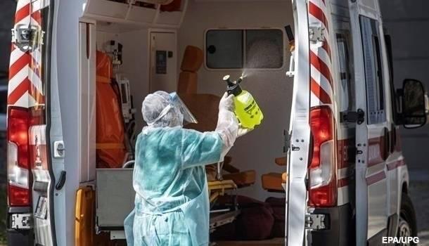 «Умрут 800 человек»: Минздрав озвучил прогноз по смертности медиков от коронавируса