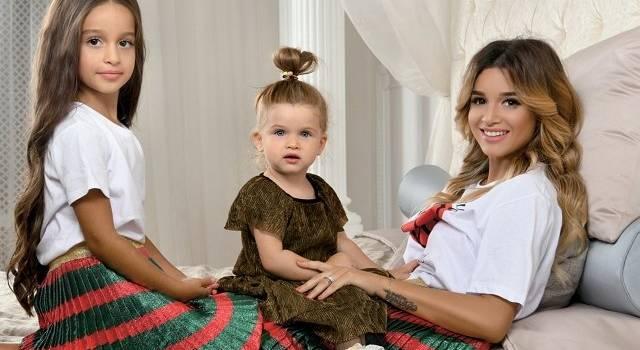 «Сними лучше папу голенького»: дочь Ксении Бородиной показала, как избавится от навязчивых родителей