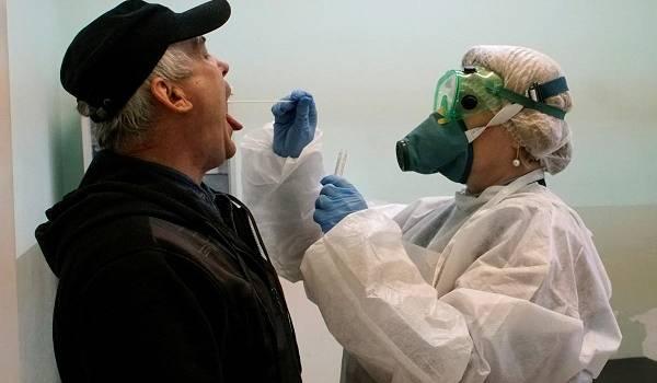 Угроза никуда не делась: эксперты спрогнозировали риск новой вспышки COVID-19 в Украине