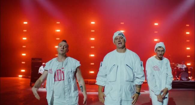 «Очень круто, просто пушка»: группа «Мозги» представила новый клип на песню «Средний палец»