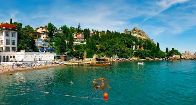 Нет никакой эпидемии: власти Крыма решили открыть отели для туристов