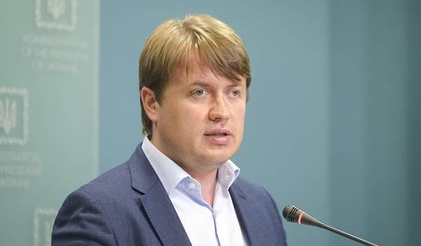 У Геруса огромная задолженность перед компаниями экс-главы ГПУ Юрия Луценко