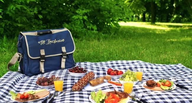 «Так вы не наберете вес»: эксперт назвала лучшие продукты для пикника