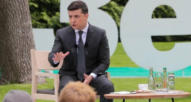 Блогер: власть определилась с позицией на западном и российском направлениях