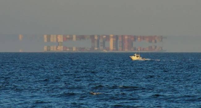 Над Атлантическим океаном зафиксирована самая необычная природная аномалия, - фото