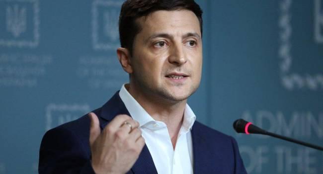 «Бездействие Зеленского»: политолог объяснил, почему из-за Порошенко упадет рейтинг президента