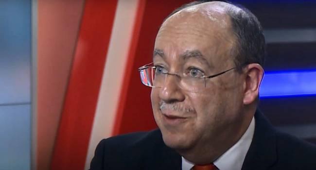 Эксперт: Нынешняя украинская власть видит рейтинги, и понимает, что люди ей доверяют все меньше