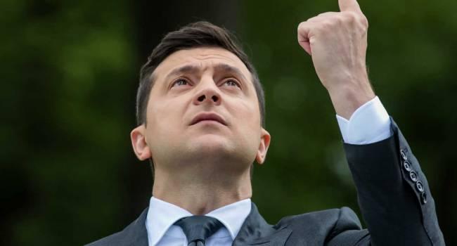 Занимаясь в столь непростой момент политическими репрессиями, Зеленский совершает политическое самоубийство, бросая воюющую страну в хаос - мнение