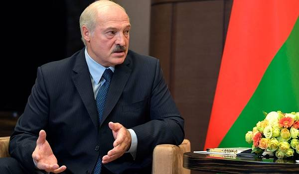 Политолог: в Беларуси уже перестал работать телевизор, и это пугает Лукашенко