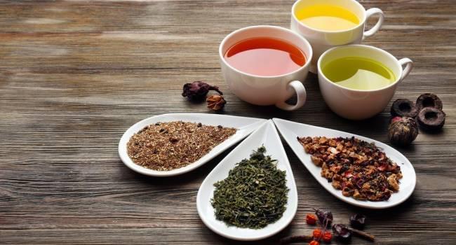 Эксперты назвали самый полезный чай в летние месяцы