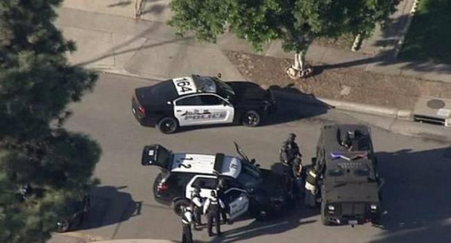 Перестрелка в США: 2 человека погибли, 7 получили ранения, 5 были сбиты машинами