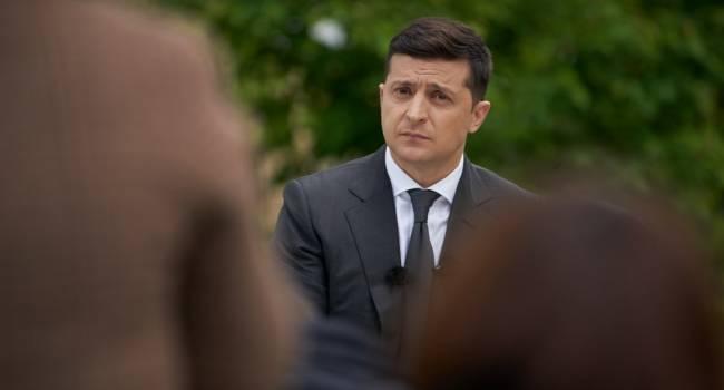 Политолог: Зеленскому снова писали заявление по поводу «22 июня» какие-то дремучие «совки»