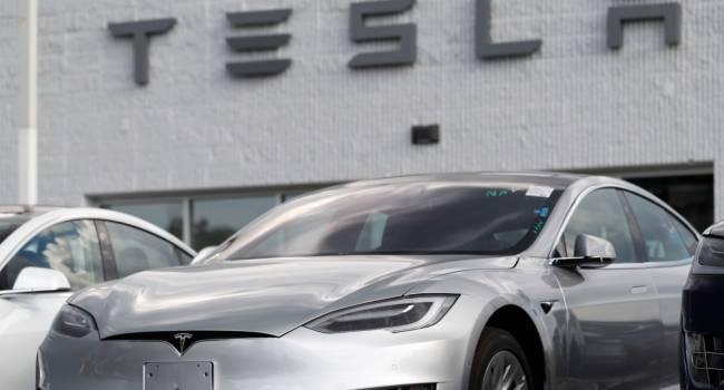 «Бракованный электрокар и жалобы покупателей»:  Tesla угодила в новый скандал