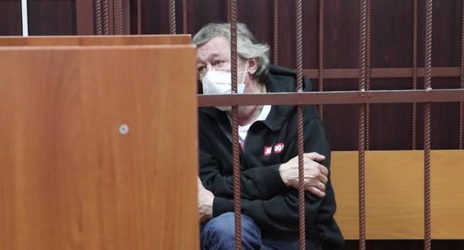 «Готов усыновить детей погибшего»: адвокат Ефремова сделал новое заявление относительно смертельного ДТП с актером