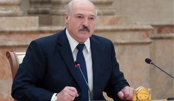 Лукашенко обвинил Кремль во вмешательстве во внутренние дела Беларуси: ответ Москвы не заставил себя ждать