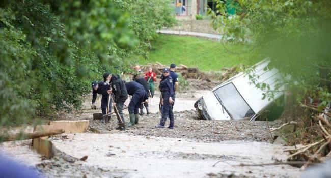 «А теперь началось»: эколог назвал главную причину наводнений на Прикарпатье