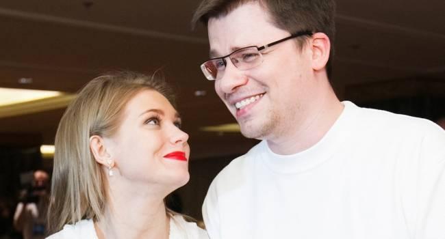 «Решение о разводе мое, интервью не даю»: Пост Кристиной Асмус о разводе взбесил подписчиков