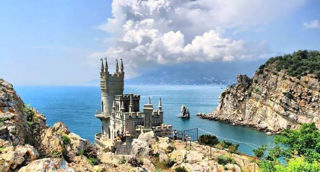 Портников: России удалось убедить западные страны, что Крымский полуостров оказался в составе Украины случайно, и это «сакральная российская территория»