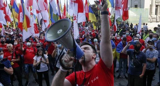 Политолог: через Шария, Медведчука и других Кремль убеждает Зеленского, чтобы тот отказался от «шпагата»