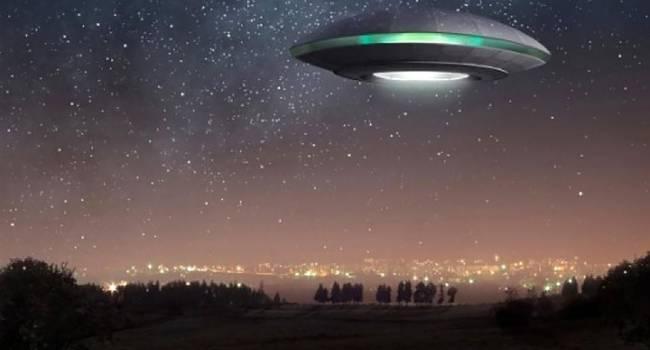 Снимки могут быть подлинными: в Польше зафиксировали полет НЛО