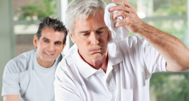 Прислушивайтесь к организму: медики назвали главные симптомы перегрева