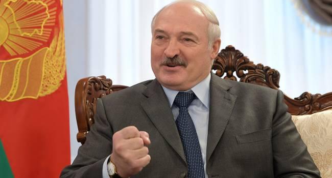 Лукашенко: Евросоюз - могилы копают, мрут, в дом престарелых приезжают - а там сотня умерших. А Беларусь победила коронавирус