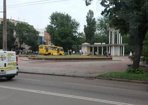 В Черкассах маршрутка протаранила пожарную машину: есть жертвы