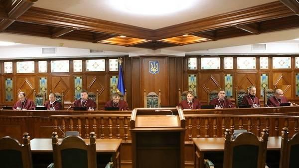 У Медведчука заявили, что президент Зеленский дискриминирует русскоязычное население Украины