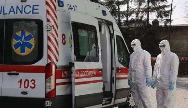 Больше всего во Львове и Киеве: за сутки в Украине почти 900 случаев коронавируса