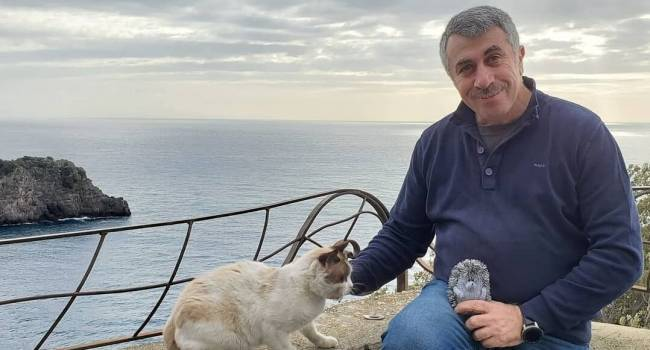 «Лучше, чем троллейбус или автобус в Киеве»: Комаровский рассказал о заражении коронавирусом в бассейне