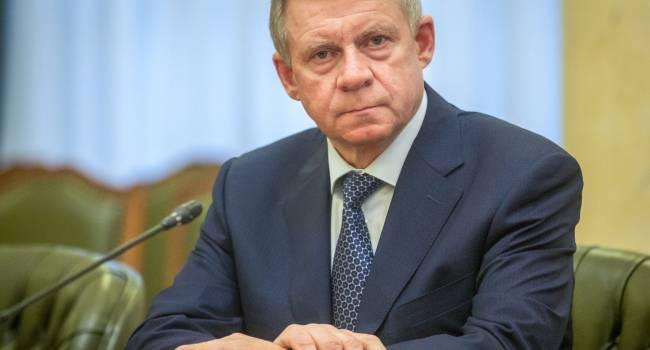 Политолог: Отставка Смолия - это отличная новость для Украины. Недовольны разве что в МВФ, да и некоторые наши спекулянты огорчились
