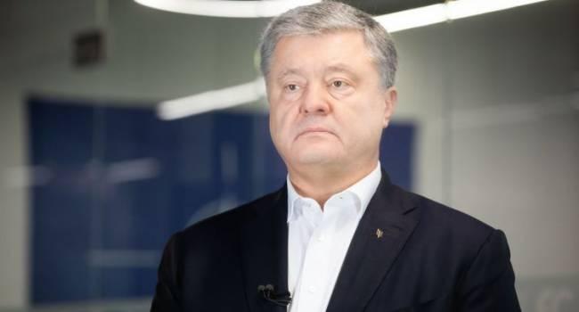 Политолог: на Банковой пора бы уже понять, что Порошенко никогда не подписывает антизаконных решений, не там они ищут