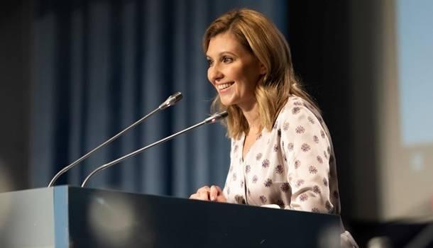 «Чувствует себя хорошо и счастлива снова быть с семьей»: Елена Зеленская вылечилась от коронавируса