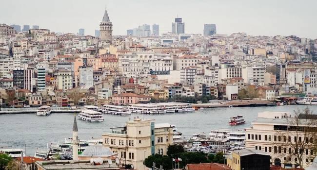 Анкара готова разрешить выдавать украинцам временные разрешения на проживание