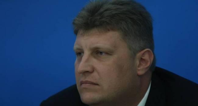 «Донбасс в составе РФ»: Росийский политолог рассказал, чем для Украины чревато обновление Конституции России
