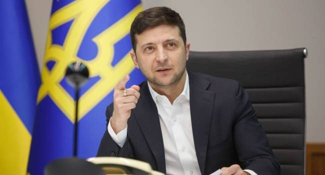 Зеленский заявил, что не видит никакой необходимости в сдерживании курса гривны