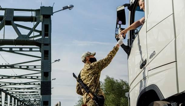 ГПСУ: венгерские пограничники закрыли три пункта пропуска