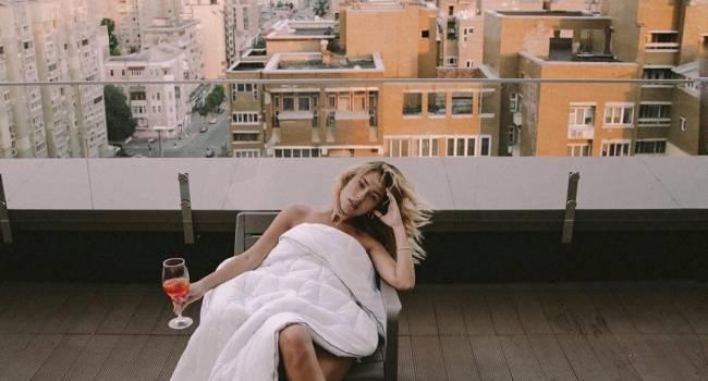 Победительница проекта «Холостяк» показала постельные фото со своим мужем, а также рассказала о своем недавнем открытии