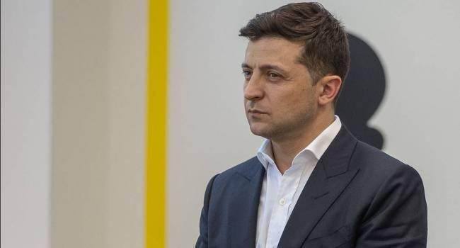 Журналист: Зеленскому главное продержаться до 25 октября 2020-го