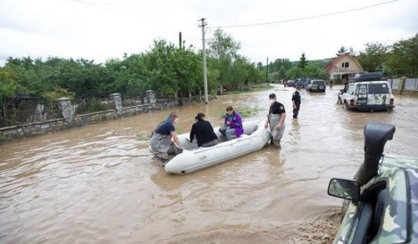 Британские власти выделили 100 тысяч фунтов для помощи украинцам, пострадавших от паводков