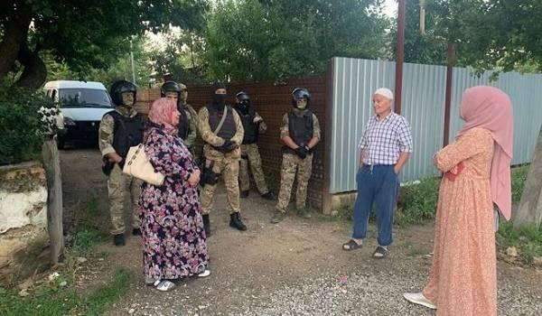 Российские силовики провели обыски у крымских татар
